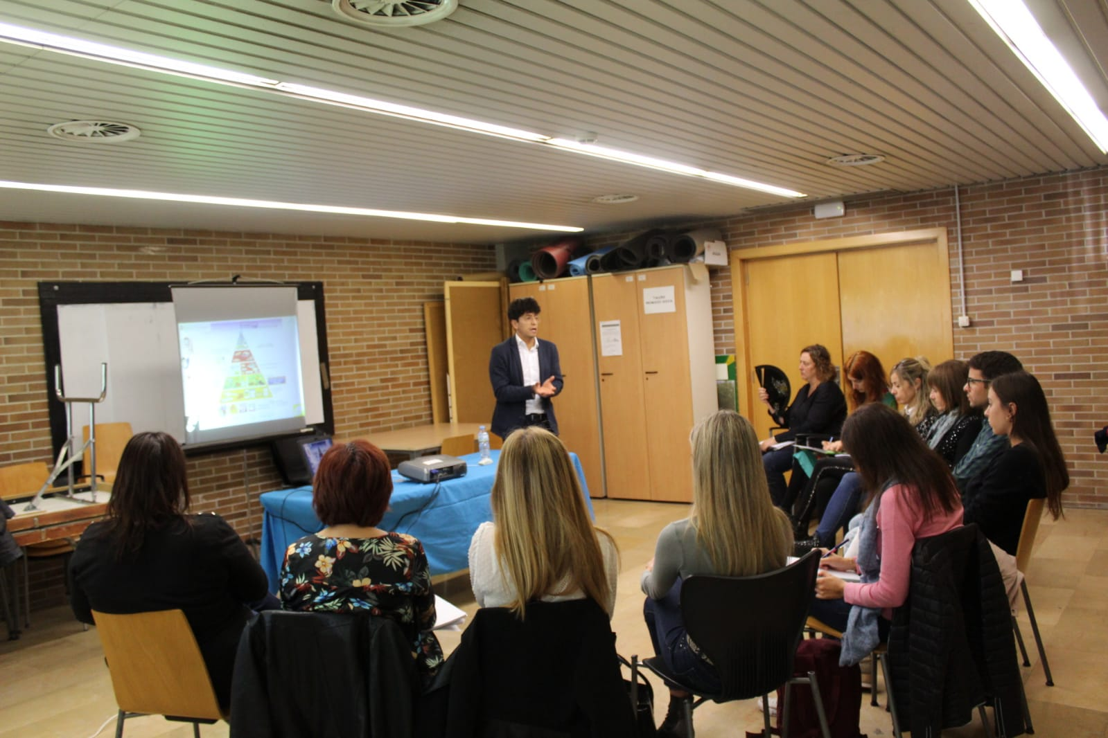 ADC Lleida, formació de diabetis i escola, grup de treball.