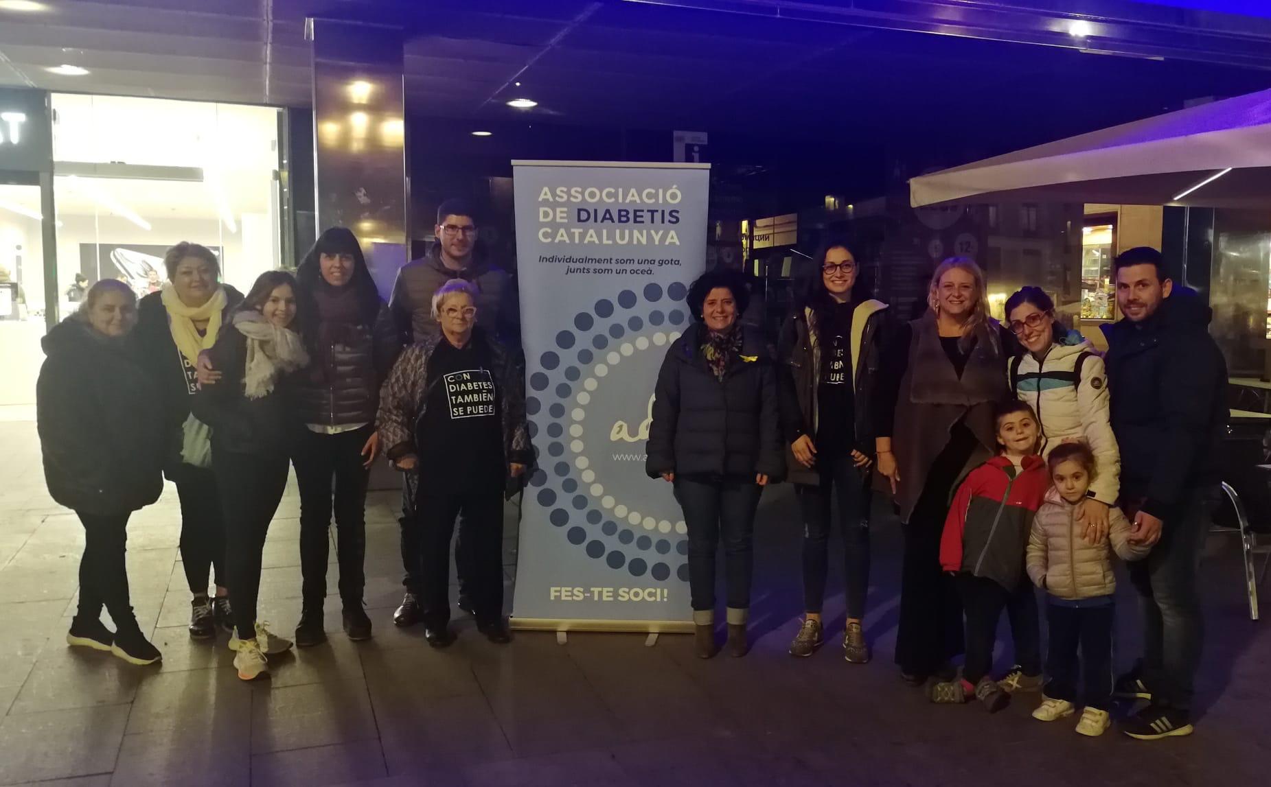 Fotografia de participants de el Dia Mundial de la Diabetis a Tarragona