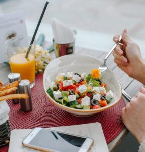 Xerrada sobre hàbits alimentaris saludables a la delegació de l'ADC de les Comarques Gironines.