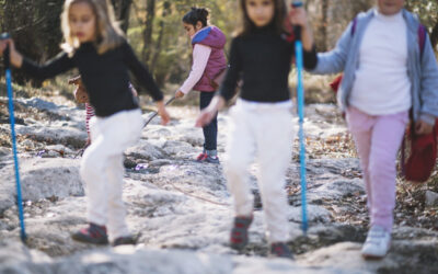 Nova formació per a acompanyants d'infants amb DM1 durant les sortides escolars