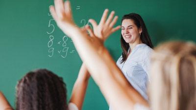 Condicions del professorat per tornar al setembre amb la pandèmia